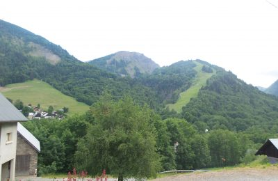 vue sur les montagne de la résidence la martinan, saint-colomban-des-villards